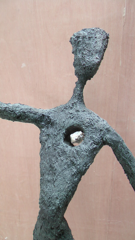 Intolerance-Richard-Austin-sculpture-2