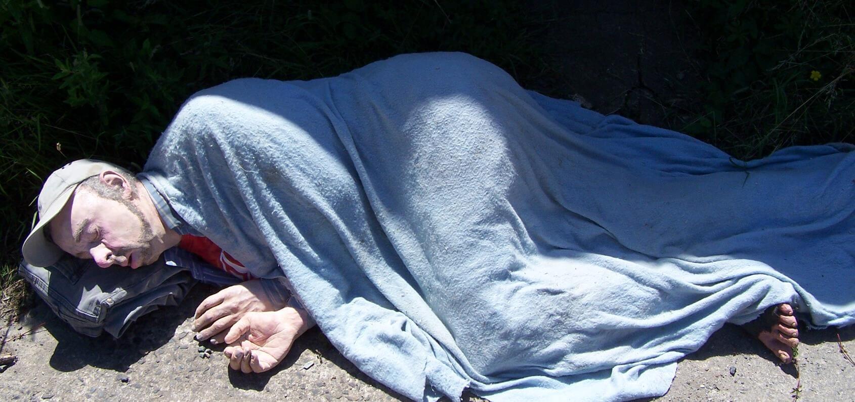Invisible-Sleeper-Richard-Austin-sculpture