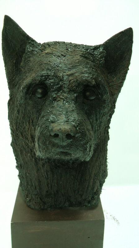Life-size-head-of-Cairn-Terrier-Richard-Austin-sculpture