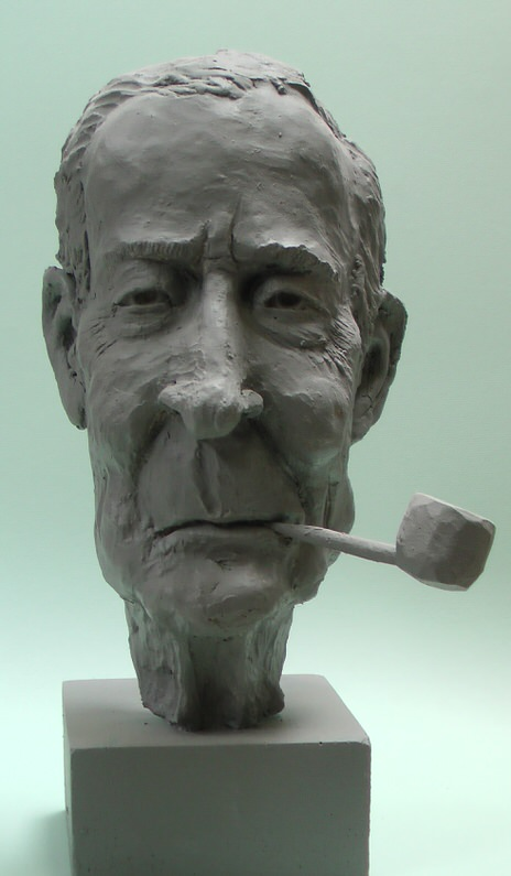 Tony-Benn-Richard-Austin-sculpture