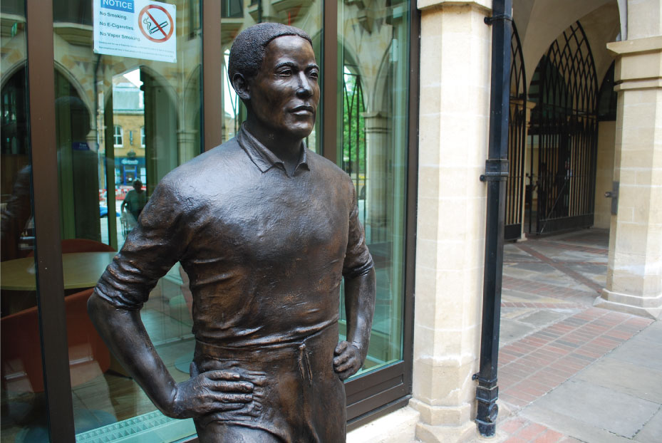 Walter Tull - Richard Austin sculpture